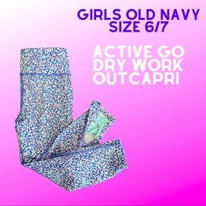 Girls Old Navy sz 6/7 Active Go-Dry Workout Capri